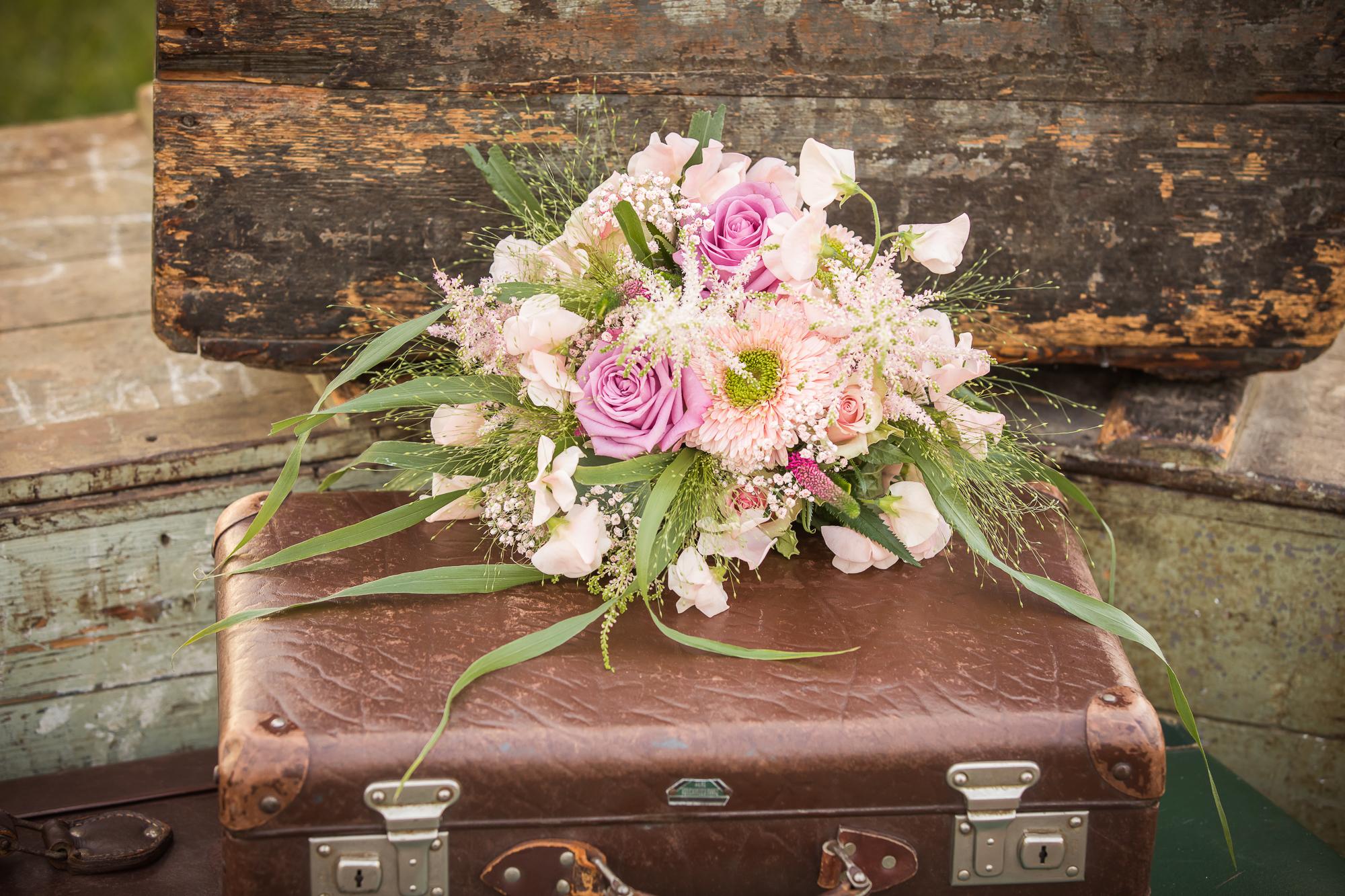 bruidsboeket roze bloemen