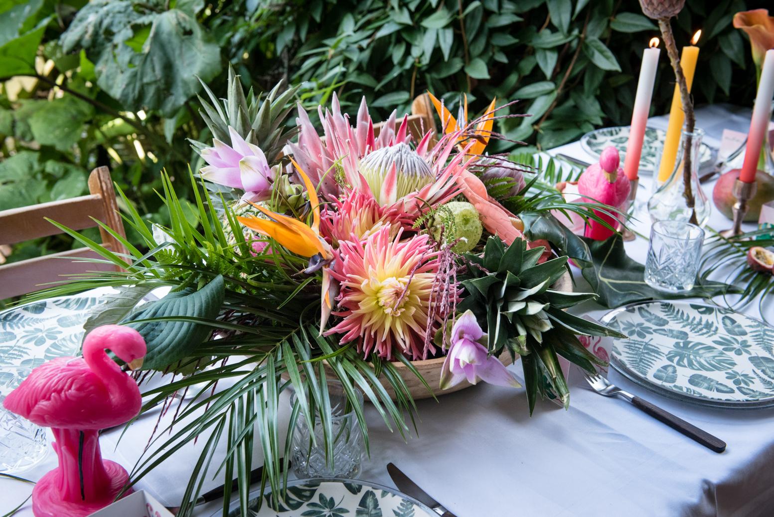 bloemstuk tafelstyling bruiloft