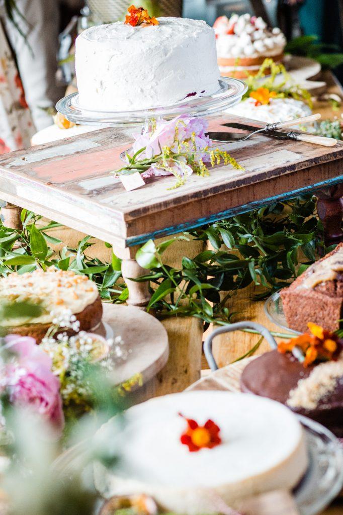 sweet table bruiloft taart